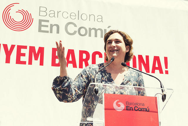 Barcelona en Comú's Guide to Urban Revolution Stresses Shared Priorities over Party Politics